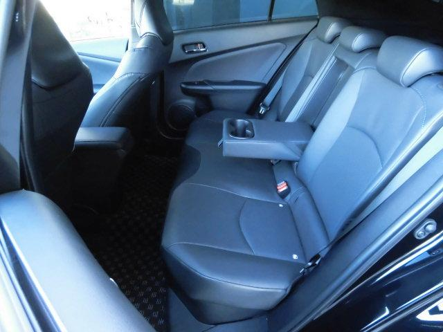 トヨタ プリウス Aプレミアム ツーリングセレ 室内快適 アルパイン9型ナビ