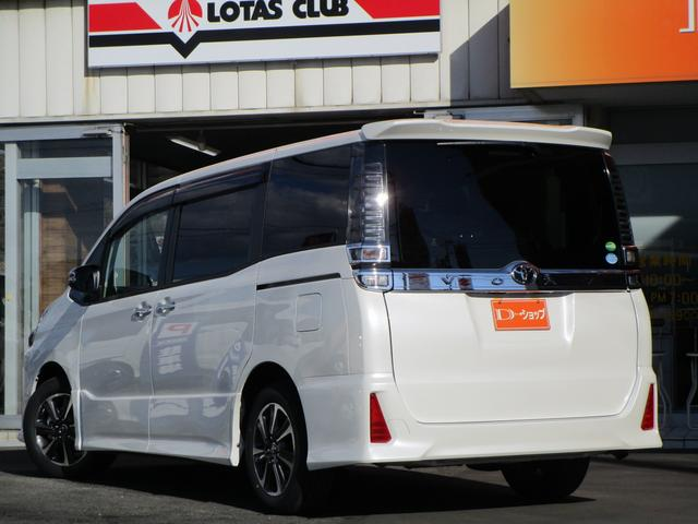 トヨタ ヴォクシー ZS 煌 アルパイン11型ナビ 12.8型リアモニター