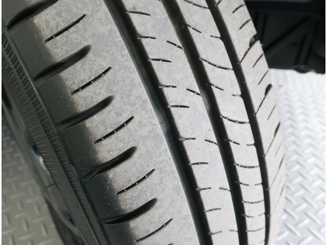 タイヤの溝もしっかり残っています!
