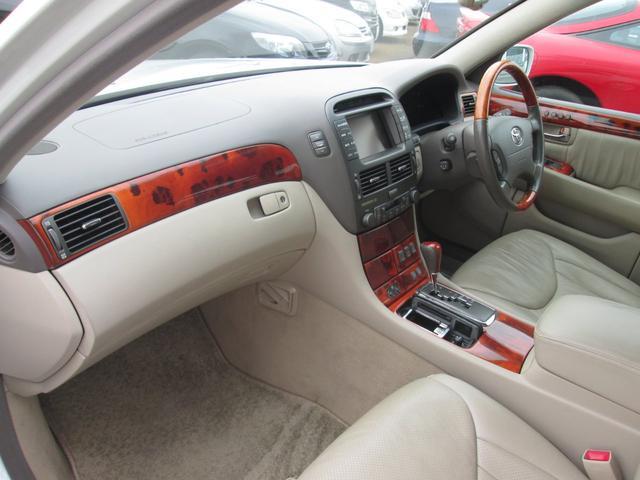 トヨタ セルシオ C仕様本革 ナビ スマートキー 電動シェード ETC CD