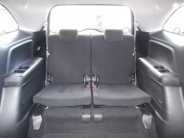 便利な3列シート7人乗りです♪使用しないときは収納してしまって、荷物もたっぷり収納しましょう♪お問い合わせはお気軽に0120-03-1190.sankyo8585@net.email.ne.jp☆