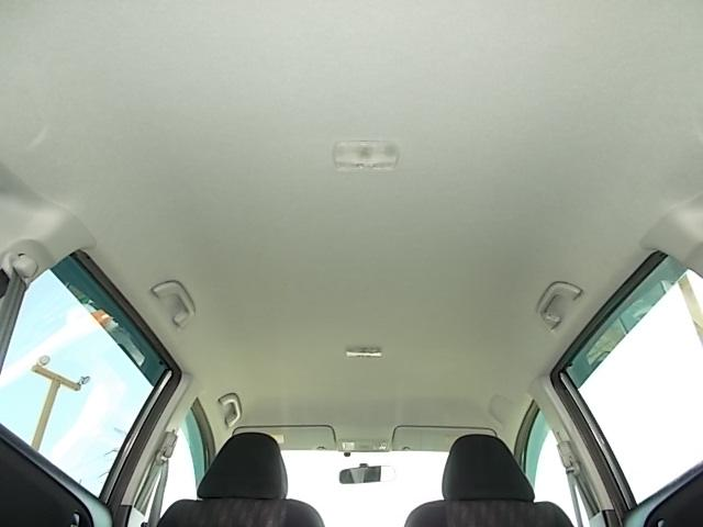 天井も目立ったよごれなどなくキレイです☆納車前のクリーニングも欠かしません☆♪お問い合わせはお気軽に0120-03-1190.sankyo8585@net.email.ne.jp☆