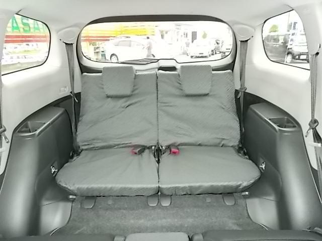 サードシートも状態良好です☆大人数乗せたい時に便利です♪お問い合わせはお気軽に0120-03-1190.sankyo8585@net.email.ne.jp☆