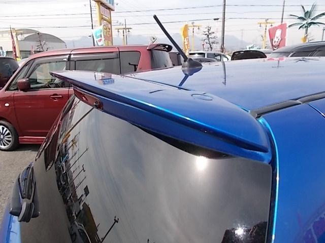 XGエアロ 走行13.700キロ 黒色専用アルカンターラシート フロジェクターヘッドライト SDナビ ワンセグTV  純正15インチアルミ 禁煙車(15枚目)