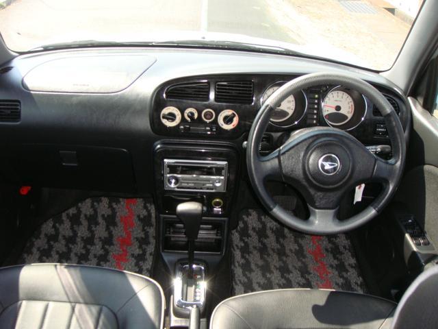 ミニライトスペシャルターボ 4WD 革調シート Tベルト済(10枚目)