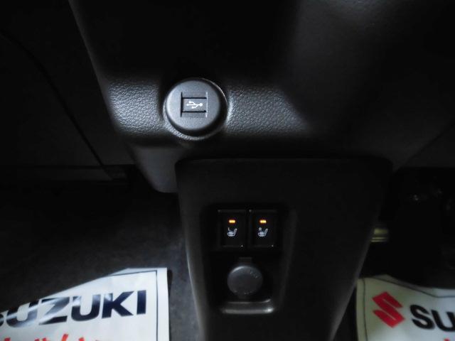 USBソケット三つ・アクセサリーソケット☆無料保証付き販売車です! ☆全国どこへでも! 陸送可能(有料)ですので、県外の方も是非ご相談ください!