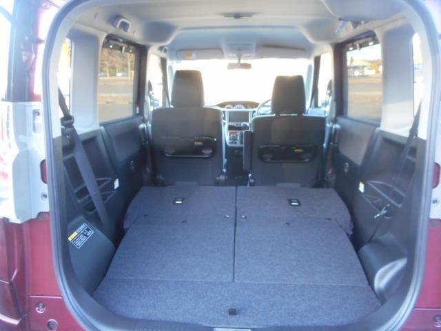 助手席も畳めば長尺物も積載できます