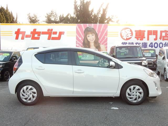 トヨタ アクア S トヨタセーフティセンス 純正ナビTV スマートキー