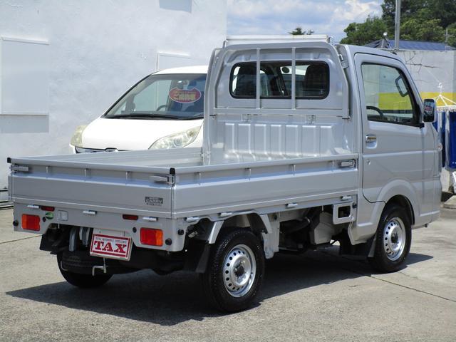 KCスペシャル スズキセーフティサポート装着車 4WD 5速マニュアル ワンオーナー 禁煙車(2枚目)