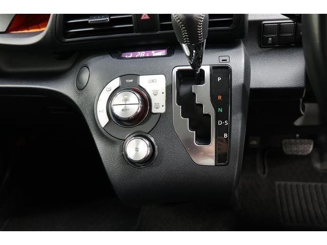 G 4WD 衝突被害軽減ブレーキ 両側電動ドア バックカメラ付純正ナビ ETC スマートキー 純正アルミ フルセグTV LEDライト ワンオーナー 盗難防止システム 記録簿(7枚目)