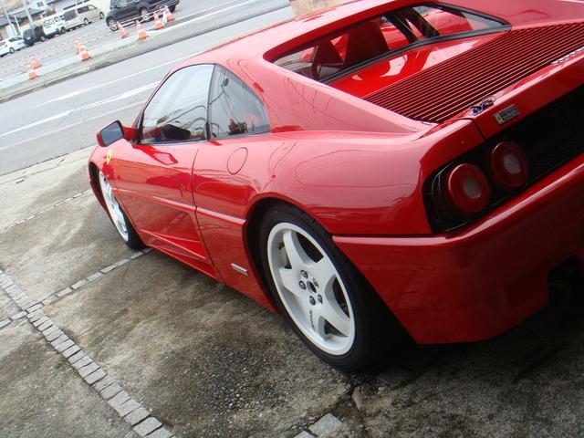 フェラーリ 348