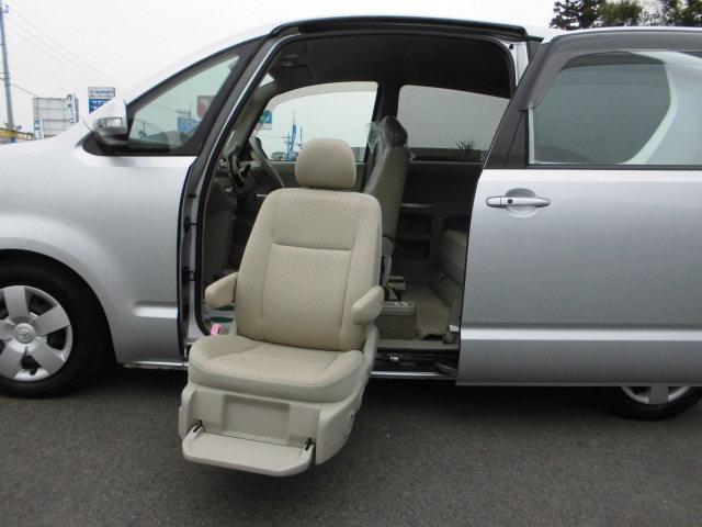 ウェルキャブ 助手席リフトアップシート車 Aタイプ(10枚目)