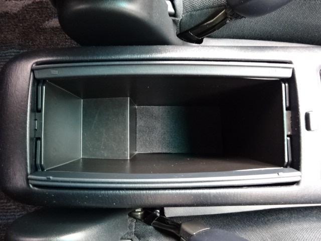 トヨタ クルーガーL 2.4S FOUR