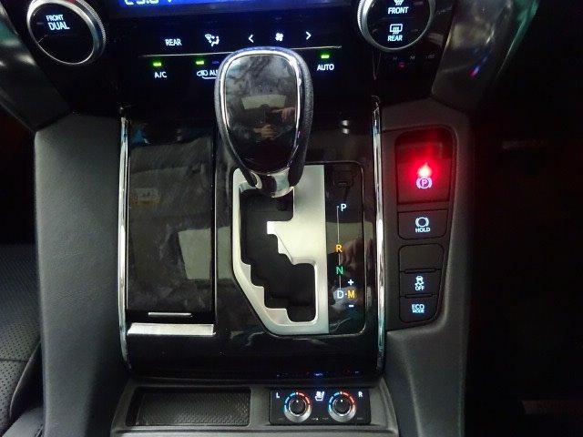 2.5S Cパッケージ SDナビ 後席モニター バックモニター サンルーフ 2眼シーケンシャルLED スマートキー 両電動スライドドア ETC クルコン Sセンス パワーバックドア ワンオーナー(3枚目)