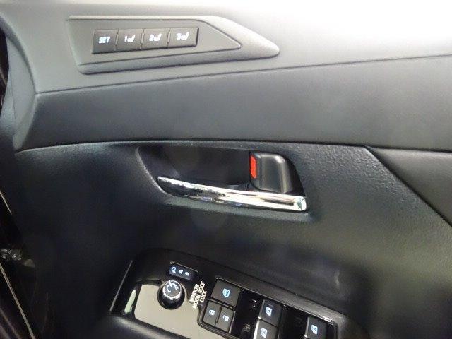 2.5S Cパッケージ SDナビ 後席モニター バックモニター サンルーフ 2眼シーケンシャルLED スマートキー 両電動スライドドア ETC クルコン Sセンス パワーバックドア ワンオーナー(16枚目)