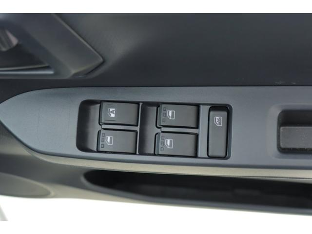 L SAIII マニュアルA/C モケットシート ハロゲンライト キーレスエントリー Cソナー オートハイビーム アイドリングストップ(10枚目)