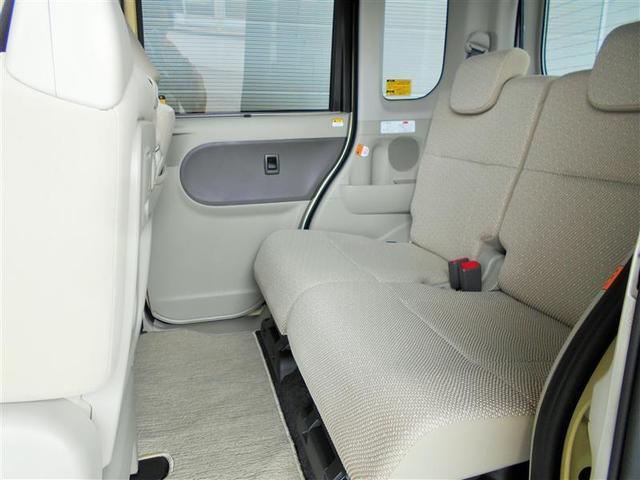車内を徹底洗浄!専用内装洗浄剤で天井までも隈なくクリーニング! また、消臭剤を噴霧して室内循環させ、エアコン内部や天井、カーペットにこびりついたニオイを根こそぎ除菌消臭します。