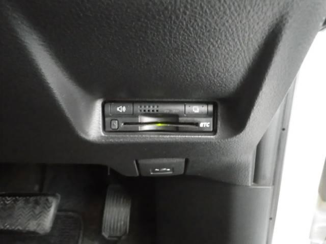 トヨタ ウィッシュ 1.8S 純正HIDライト HDDナビ バックカメラ ETC