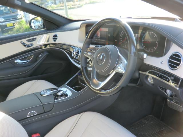 S400d AMGラインプラス レーダーセーフティ ナビゲーションPK パノラミックルーフ AMG20インチアルミ ディストロニックプラス ヘッドアップディスプレイ ブルメスタ ホワイトレザーシート(8枚目)
