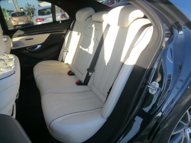 S400d AMGラインプラス レーダーセーフティ ナビゲーションPK パノラミックルーフ AMG20インチアルミ ディストロニックプラス ヘッドアップディスプレイ ブルメスタ ホワイトレザーシート(19枚目)