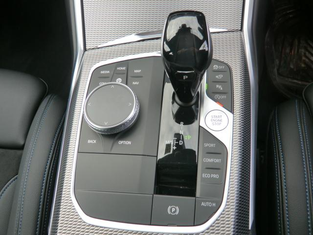 320d xDrive Mスポーツ コンフォートパッケージ パーキングアシストプラス インテリジェントセーフティ 正面衝突 側面衝突 車線変更 車線逸脱警告 パーキングアシスト 後退アシスト オートトランク(12枚目)