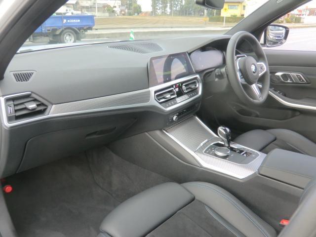 320d xDrive Mスポーツ コンフォートパッケージ パーキングアシストプラス インテリジェントセーフティ 正面衝突 側面衝突 車線変更 車線逸脱警告 パーキングアシスト 後退アシスト オートトランク(14枚目)