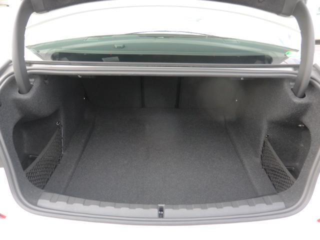 320d xDrive Mスポーツ コンフォートパッケージ パーキングアシストプラス インテリジェントセーフティ 正面衝突 側面衝突 車線変更 車線逸脱警告 パーキングアシスト 後退アシスト オートトランク(20枚目)