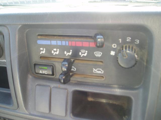 スバル サンバートラック ベースグレード エアコン 5MT 記録簿