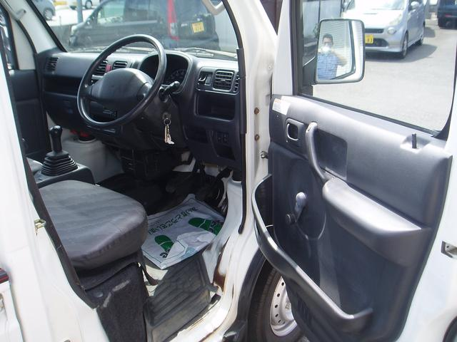 4WD 5速 パワステ エアコン ラジオ ライトレベライザー ドリンクホルダー 荷台マット 記録簿