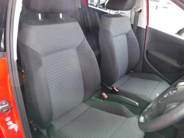 フォルクスワーゲン VW ポロ 1.4 コンフォートライン ナビ