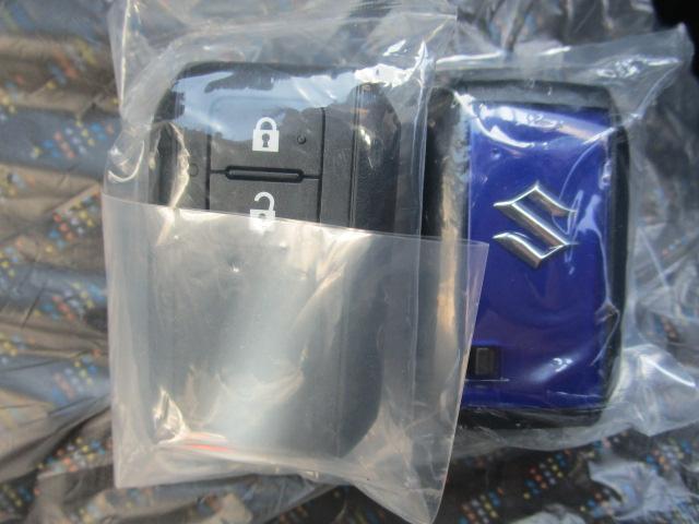 ハイブリッドX 届出済未使用車 衝突軽減ブレーキ キーフリー スマートキー クリアランスソナー シートヒーター キーレス オートエアコン デュアルカメラブレーキサポート  アルミホイール ABS(17枚目)