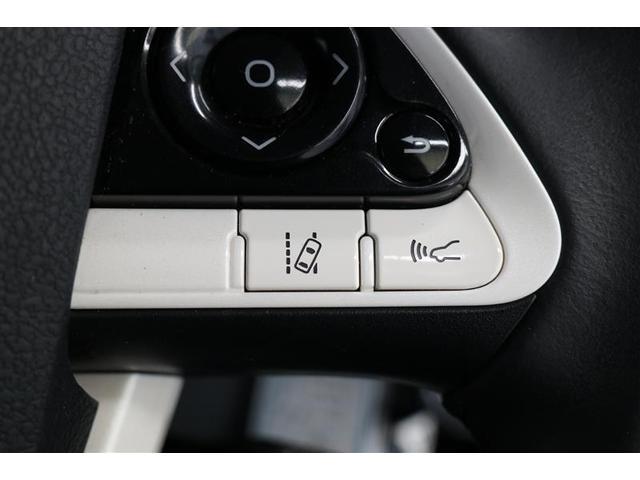 ■レーンディパーチャーアラート■ドライバーがウインカー操作を行わずに車線を逸脱する可能性がある場合、ブザーとディスプレイ表示による警報でお知らせしてくれます!