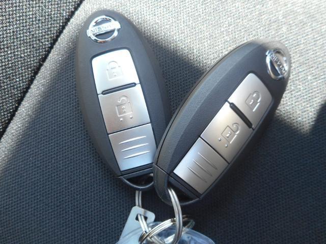 インテリジェントキーは鍵を出さなくてもいいので何かと便利なものですよ♪