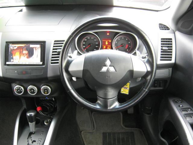 スポーツスタイルエディション4WD 3列シート7人乗り(12枚目)