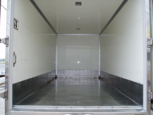 2t ロング 保冷車(3枚目)