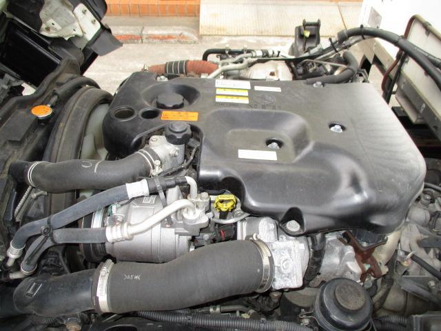 2t ロング 冷蔵冷凍 4WD オートマ車(11枚目)