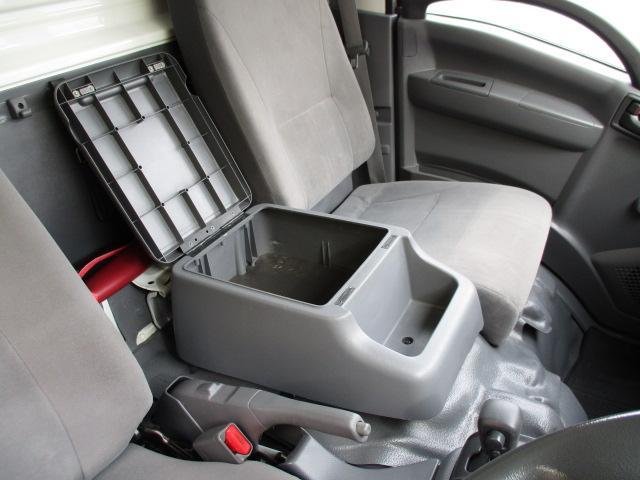 2t ロング 冷蔵冷凍 4WD オートマ車(20枚目)
