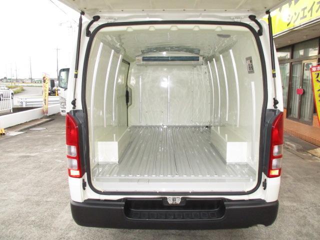 1t冷蔵冷凍 4WD オートマ車 -7℃設定 フルタイム4WD(3枚目)