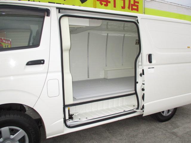 1t冷蔵冷凍 4WD オートマ車 -7℃設定 フルタイム4WD(4枚目)