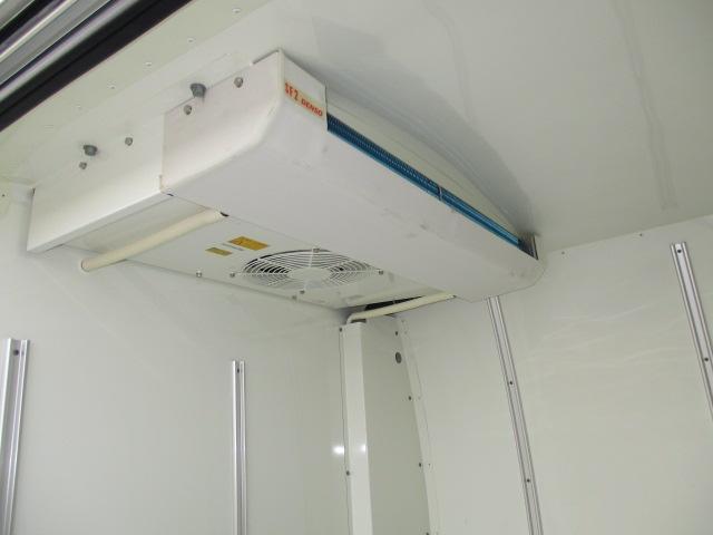 1t冷蔵冷凍 4WD オートマ車 -7℃設定 フルタイム4WD(5枚目)