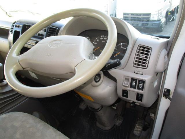 2t Wキャブ ロング フルジャストロー 4WD リアヒーター 全席パワーウインドー 4WD切り替え式(11枚目)