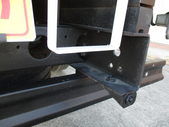 2t Wキャブ ロング フルジャストロー 4WD リアヒーター 全席パワーウインドー 4WD切り替え式(23枚目)