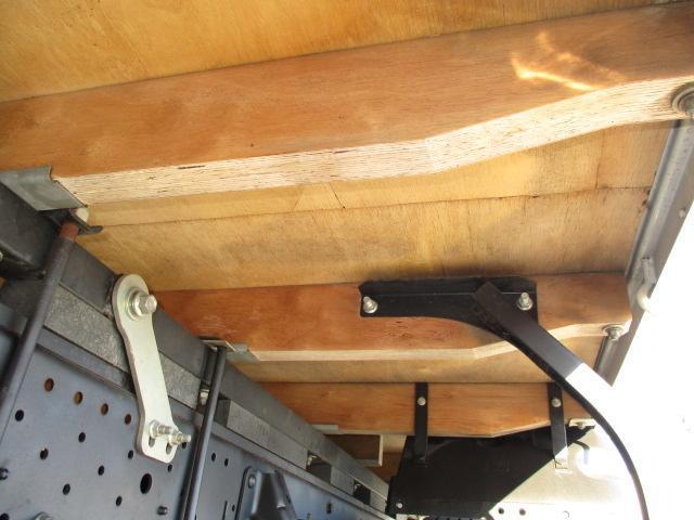 1.8t Wキャブ ロング フルフラットロー ハイルーフ 全席パワーウインドー 左電格ミラー(24枚目)