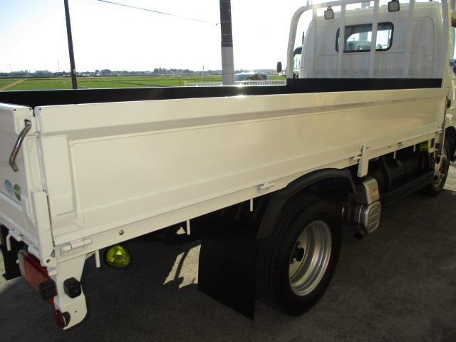 2t セミロング フルジャストロー 4WD ナビ ETC 4WD切り替え式 両側電格ミラー 車両総重量5t未満(33枚目)