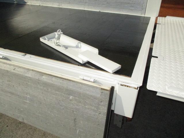 1.65t ワイド ロング フルジャストロー マルチゲート ラジコン付 オートマ車 アルミブロック 深アオリ ナビ バックカメラ ETC 車両総重量5t未満(6枚目)