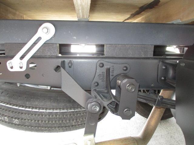 3t ロング 4段クレーン ラジコン付 横置きクレーン 簡易クレーン 2.22t吊り 全旋回型(30枚目)