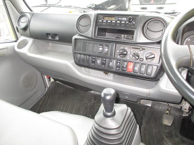 2t Wキャブ ロング 垂直パワーゲート 4WD ゲート昇降荷重600Kg 4WD切替え式 リアヒーター ETC(13枚目)