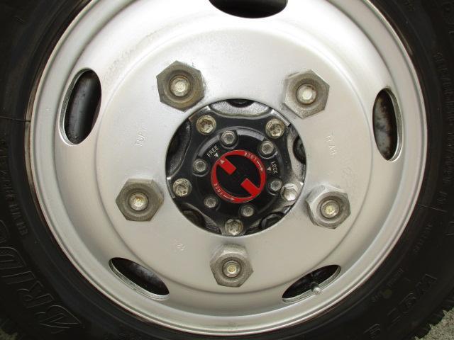 2t Wキャブ ロング 垂直パワーゲート 4WD ゲート昇降荷重600Kg 4WD切替え式 リアヒーター ETC(18枚目)