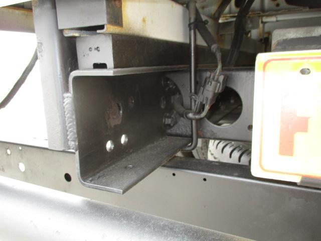2t Wキャブ ロング 垂直パワーゲート 4WD ゲート昇降荷重600Kg 4WD切替え式 リアヒーター ETC(23枚目)