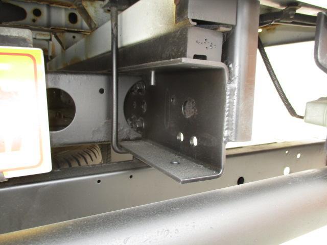 2t Wキャブ ロング 垂直パワーゲート 4WD ゲート昇降荷重600Kg 4WD切替え式 リアヒーター ETC(24枚目)